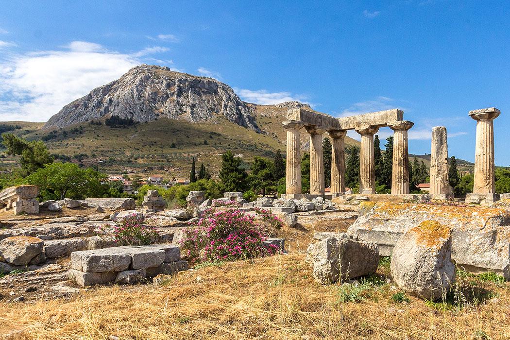 korinth apollontempel dorisch akrokorinth peloponnes griechenland Der Apollon-Tempel von Korinth ist einer der ältesten dorischen Ringhallentempel Griechenlands.