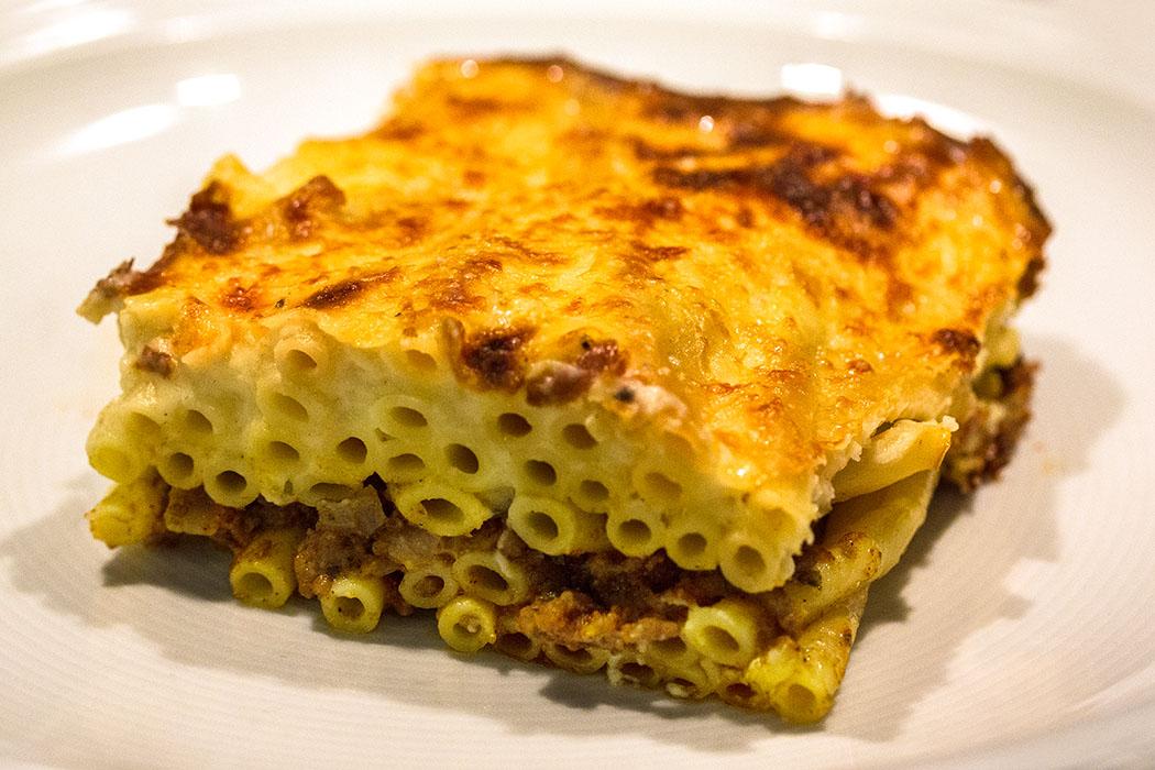 Küchen-Liebling! Pastitsio: Griechischer Hackfleisch-Makkaroni-Auflauf