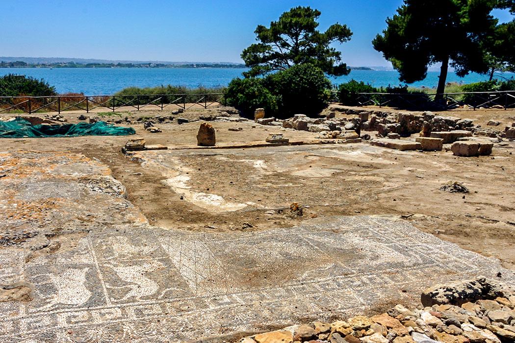 reise-zikaden.de, Monika Hoffmann, italy, sizily, trapani, marsala, island san bartolomeo, mozia, phoenician excavations, mosaic.