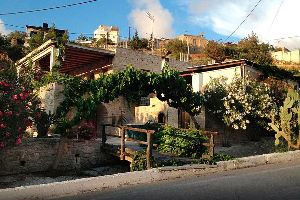 "Kreta: Taverna ""Kelari"" in Kamilari bei Phaistos, im Süden der Messara-Ebene"