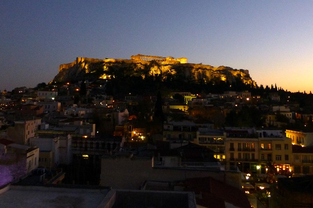 plaka_hotel_kapnikareas_athens_akropolis_view - Plaka Hotel in Athen: Dachterrassenblick auf die Akropolis
