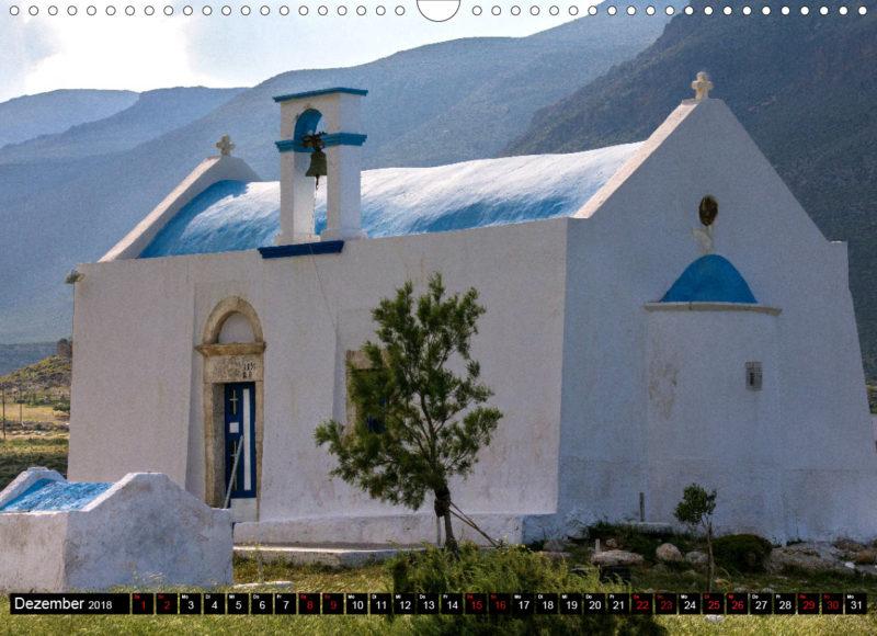 Fotokalender: Ostkreta - Zwischen Sitia und Ierapetra - Xerokampos: Kapelle Agios Nikolaos bei der Halbinsel Trachilos. Unterhalb liegen die kleinen Sandstrände Gerontolakkos