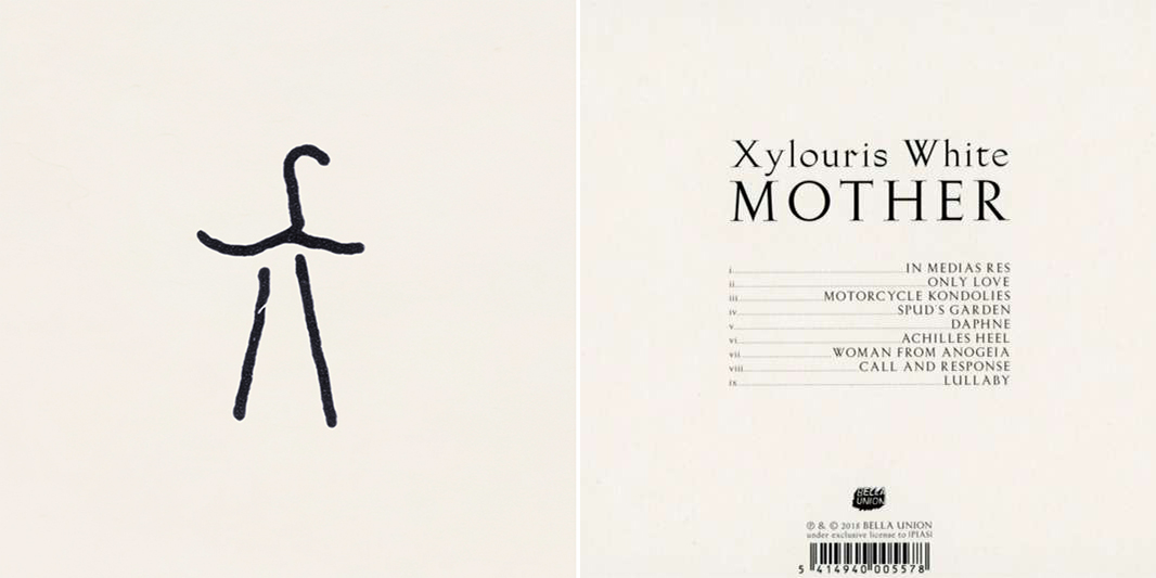 """Musik-Rezension: Xylouris White - Mother (2018) - xylouris white mother - Das Design stellt erneut ein bronzezeitliches Schriftzeichen aus Kreta dar. Auch das Cover des Albums """"Black Peak"""" war ein Silbenzeichen aus der Linearschrift B, die vor 3.500 Jahren in Gebrauch war."""