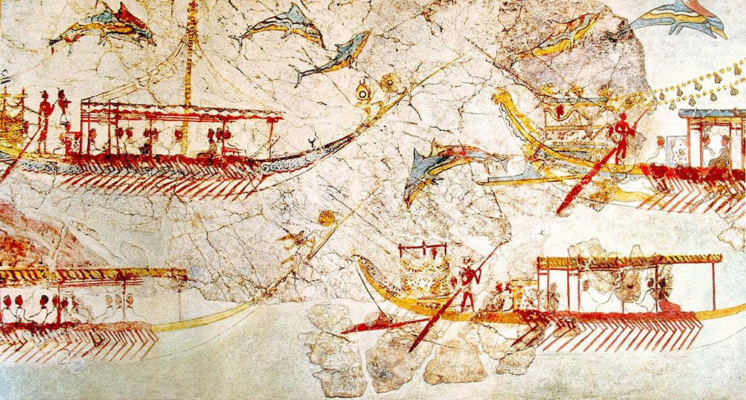Ship_procession_fresco,Akrotiri,Greece_01 - So ähnlich könnte die Ankunft der Tyrrhener an der Küste Mittelitalien ausgesehen haben. Das bronzezeitliche Fresko stammt aus minoischer Zeit um 1.550 v. Chr. und wurde in den Ruinen von Akrotiri auf der griechischen Insel Santorin entdeckt. Foto: Wikipedia, Yann Forget