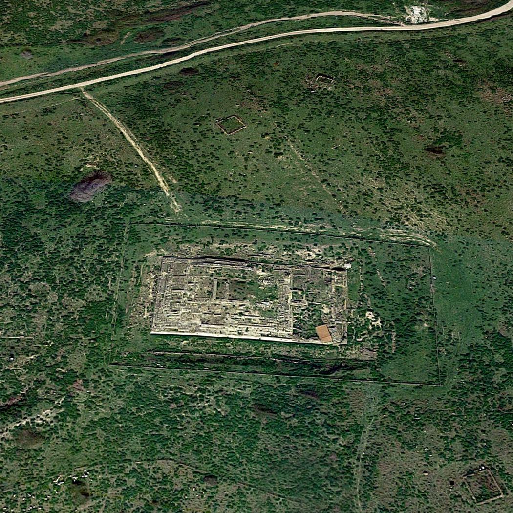 """tarquinia_ara della regina_temple_google maps - Der Screenshot aus Google Maps zeigt das Fundament des etruskischen Tempels """"Ara della Regina"""". Foto: Google Maps"""