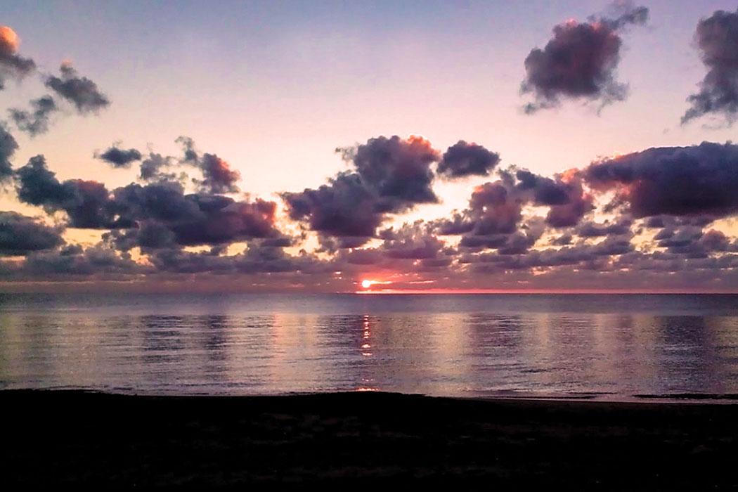 porto clemetino_sunset-1 - Die glanzvollen Zeiten der Hafenstadt Gravisca enden mit den Überfällen der Westgoten unter ihrem König Alarich I. zu Beginn des 5. Jahrhunderts.