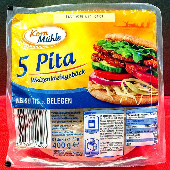 reise-zikaden.de, Griechische Pita Pizza mit Hackfleisch, Feta und Kirsch-Tomaten, Pita von Kornmühle