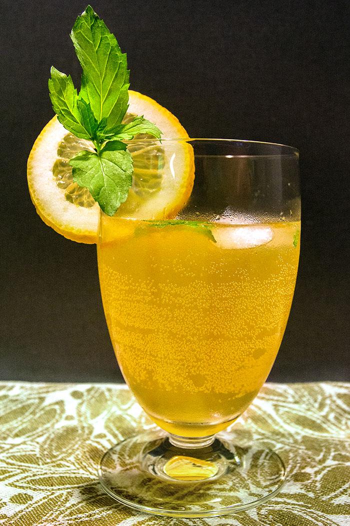 reise-zikaden.de, Orangen-Zitronen-Limonade zum Selbermachen - Selbstgemachte Orangen-Zitronen-Limonade: Der Hit für den Sommer!