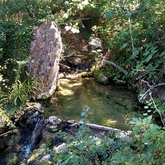 Il Bagnone Sasso Pisano - Ein warmes Bad in den schwefelhaltigen Thermalquellen sind nahe der Ausgrabungen möglich.