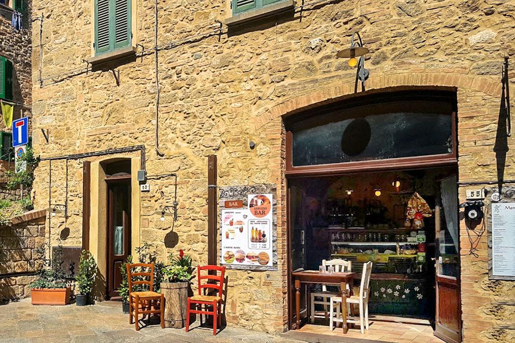 Osteria della Pace liegt an der Porta al Selci. Volterra: Die Osteria della Pace liegt an der Porta al Selci.