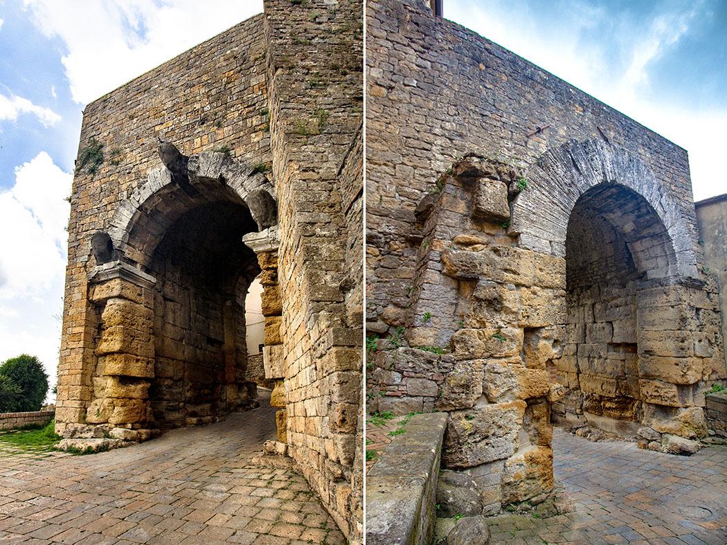 Volterra: Porta all'Arco - Das älteste etruskische Stadttor Italiens - reise-zikaden.de, Italy, Tuscany, Volterra, Porta all'Arco, Outside, Inside - Diese Bildkombination zeigt die Außen- und Innenansicht der Porta all'Arco. Im Außenbereich beeindrucken die verwitterten Köpfe. Vermutlich waren stellt das Trio die Schützgötter Velathris dar. Im Innenbereich sind die angeschrägten Pfeiler aus Sandsteinblöcken gut erkennbar.