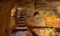 reise-zikaden.de, italy, tuscany, volterra, portone marmini nekropole, etruscan tomb