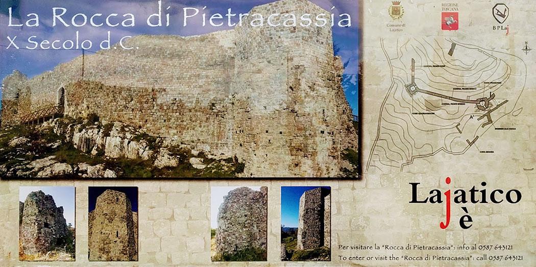 Rocca di Pietracassia infotafel - Seit den Restaurierungsarbeiten ist die Rocca di Pietracassia probblemlos zu Besichtigen und wurde mit Bohlenwegen, Geländern und Infotafeln ausgestattet.