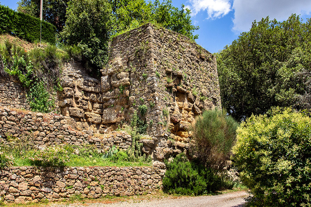 reise-zikaden.de, italy, tuscany, volterra, porta diana, porta portone, etruscan gate