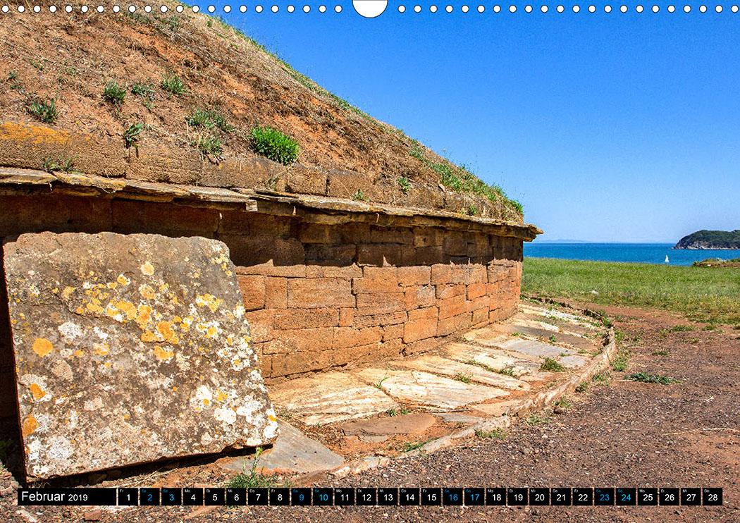 Februar: Populonia: In der Nekropole S. Cerbone befindet sich die Tomba dei Carri, 7. Jhd. v. Chr.