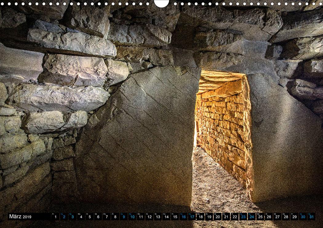 März: Vetulonia: Im Kuppelgrab Tomba del Divaolino aus der ersten Hälfte des 7. Jhds. v. Chr.