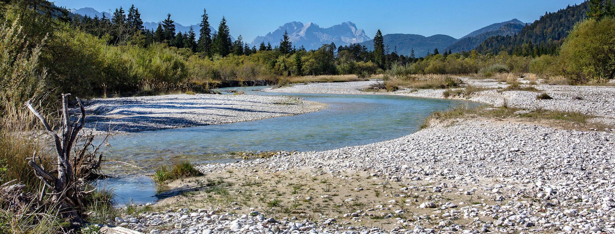 BAYERN: Isartal – Wilde Flusslandschaft im Karwendel