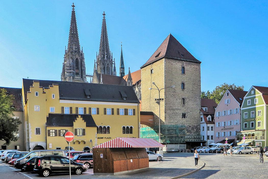 Roemerturm_am_Kornmarkt - regensburg - Bärwinkel Klaus