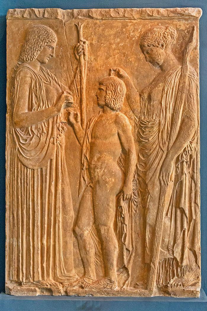reise-zikaden.de, greece, attica, eleusis, elefsina, museum, Eleusinisches Relief, Kopie, Legende von Triptolemos, 440 v. Chr.