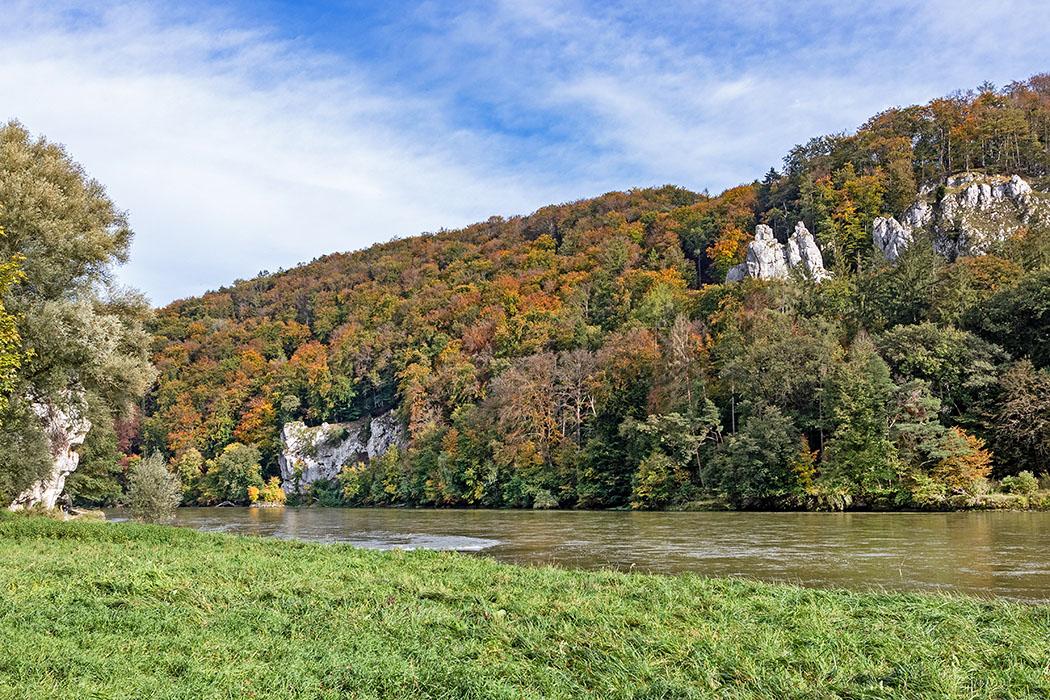 reise-zikaden.de, deutschland, niederbayern, kelheim, weltenburger enge, donau, räuberfelsen, wipfelsfurt