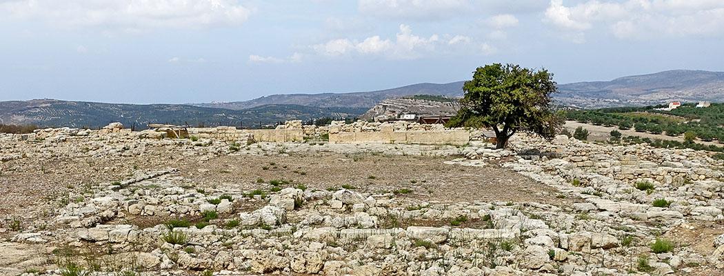 Bronzezeit auf Kreta: Minoer erbauten die ersten Städte Europas Palast von Galatas (Μινωικό Ανάκτορο του Γαλατά) nordwestlich von Arkalochori (Αρκαλοχώρι), Gemeinde Minoa Pediada, Kreta, Griechenland