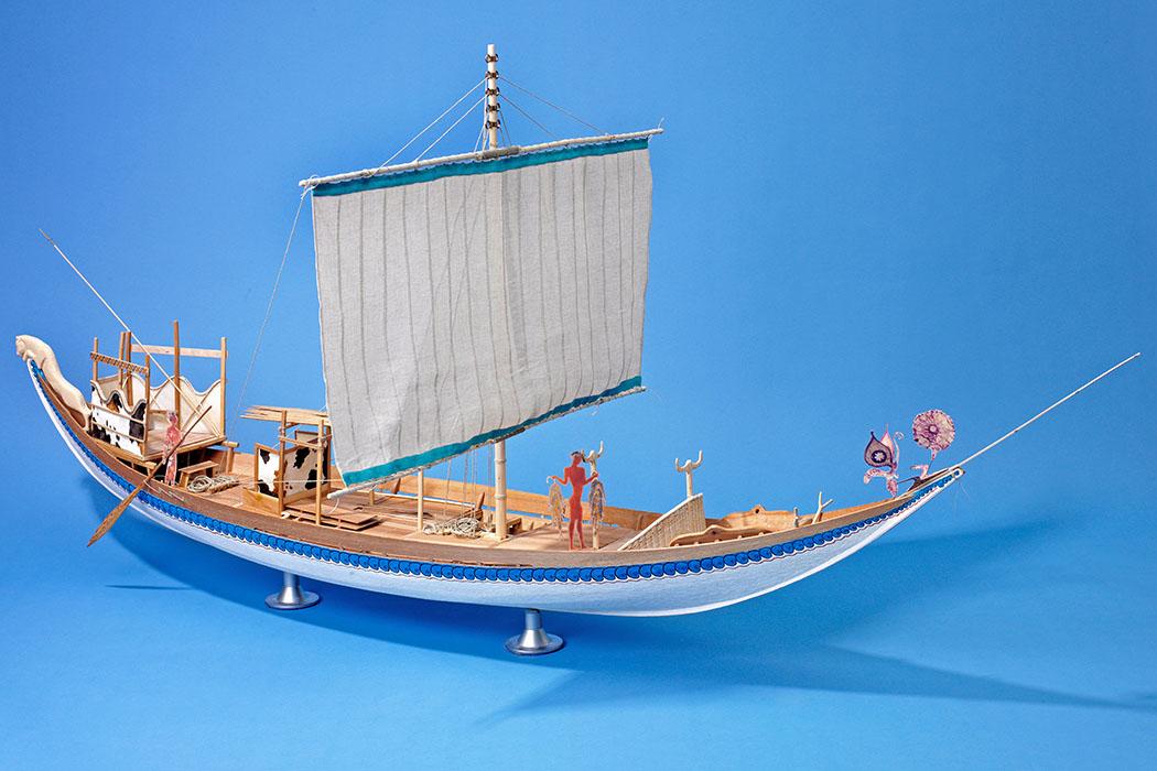 Modell eines spätbronzezeitlichen Thera-Schiffes Foto: Hubert Vögele, Institut für Klassische Archäologie der Universität Heidelberg, RGZM