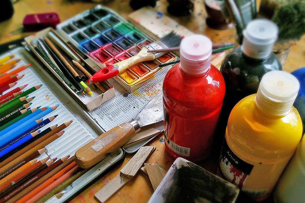 Corona-Blues oder Langeweile zuhause? 132 Inspirationen & Ideen painting-ol Malen kann jeder, es bedeutet auch sich auszuleben und kreativ zu sein. Foto: Pixabay