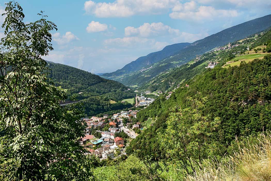 reise-zikaden.de, Südtirol, Unsere 10 schönsten Ausflüge um Brixen im Eisacktal, Klausen, Kloster Säben, Aussicht St. Stephan
